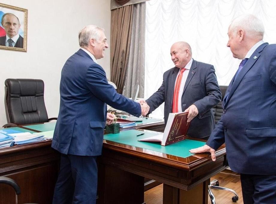 Директор ИДО посетил Москву и Екатеринбург