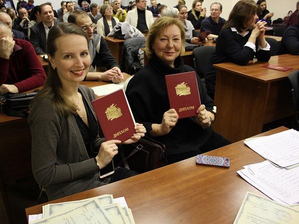 Вручение документов о повышении квалификации преподавателям СПбПУ